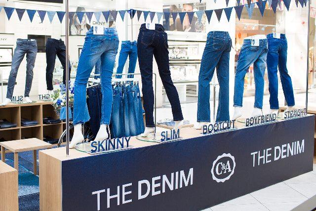 C&A THE DENIM  stand (2)